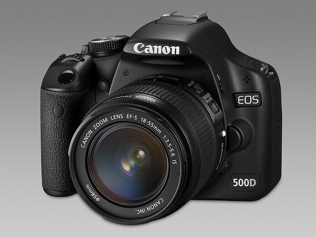 Canon rebel t1i manual focus